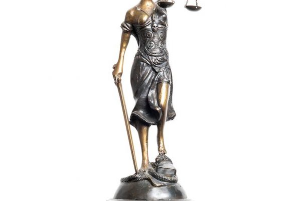 Rössler Rechtsanwalt - Justitia